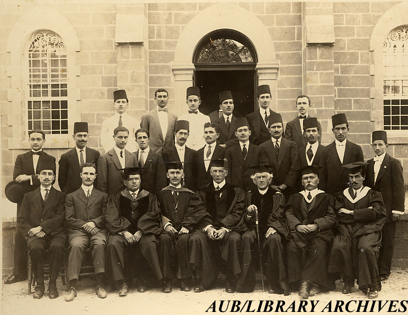 Senior Class of Arts and Sciences 1915